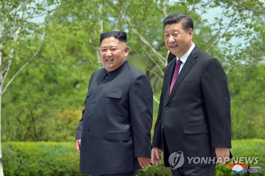 북·중 대사, 나란히 노동신문·인민일보 기고…밀착행보(종합2보)
