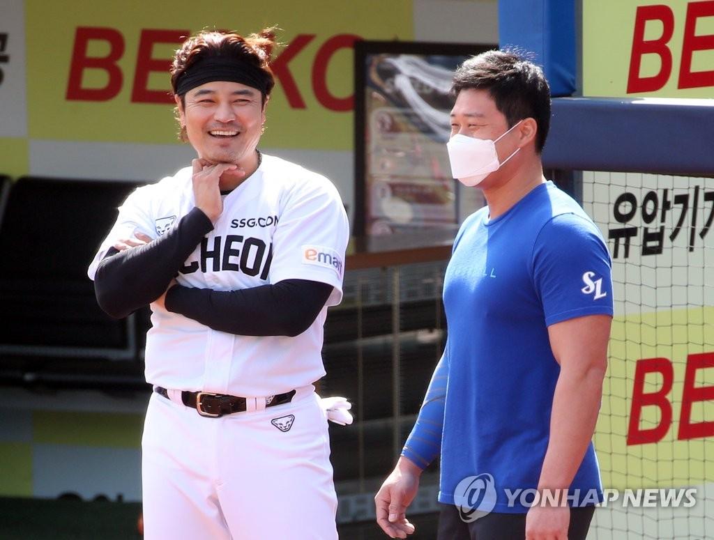 """일본 언론 경계 """"양현종·김하성 없는데, 추신수·오승환 있네"""""""