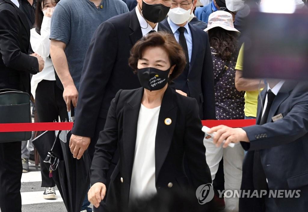 """與잠룡들, 경선연기 충돌…""""가짜약 팔기"""" vs """"이대론 비관적"""""""