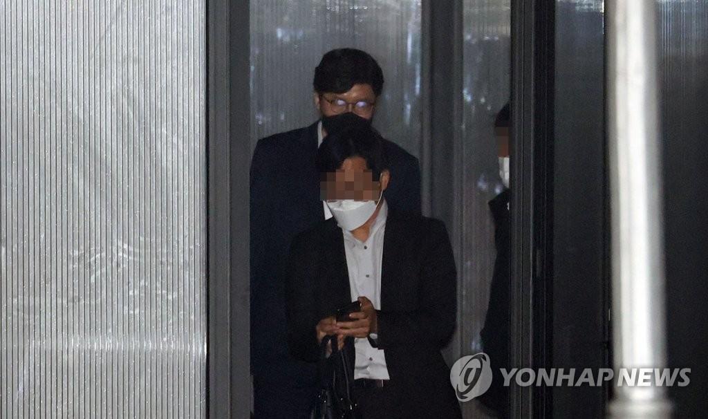 검찰, '靑기획사정' 수사 속도…이규원 검사 소환조사