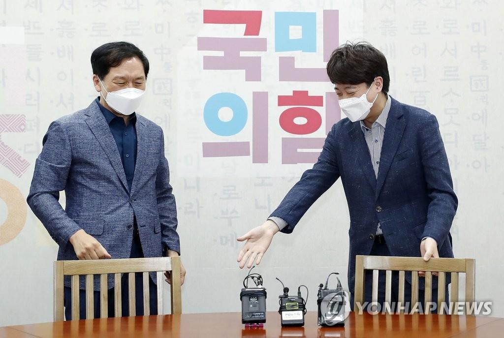 85년생 당대표·59년생 원내대표…이준석과 김기현 케미는?