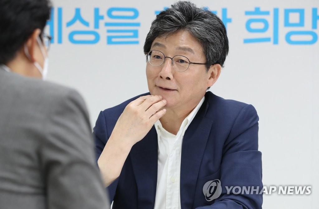 '국민의힘으로 드루와'…유승민, 尹·安·洪에 합류 손짓