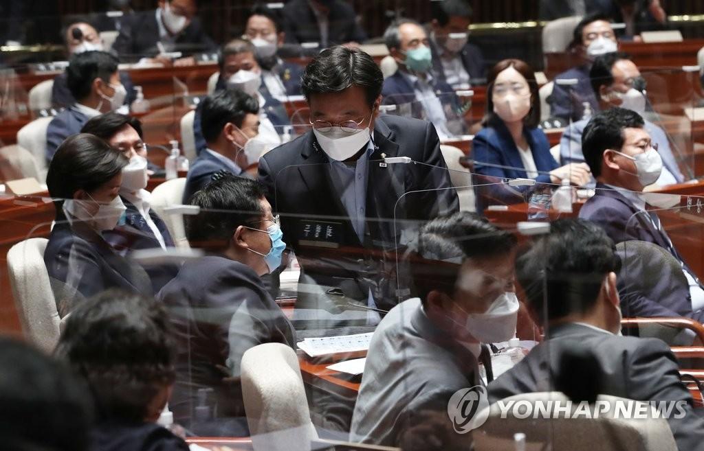 與 선관위 구성…'경선연기 내전' 2라운드
