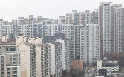 """""""6억 아파트 씨 말랐다""""…서울서 쫓겨나는 2030"""