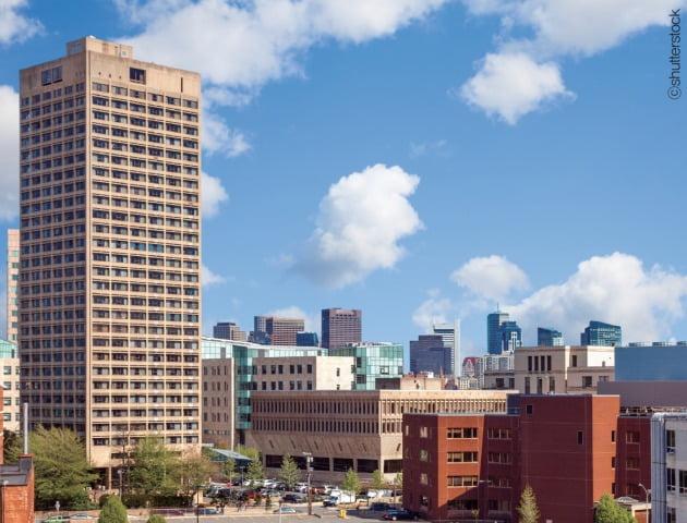 '글로벌 바이오산업의 메카'의 스카이라인 매사추세츠공대(MIT)가 있는 켄달스퀘어 전경 / shutterstock