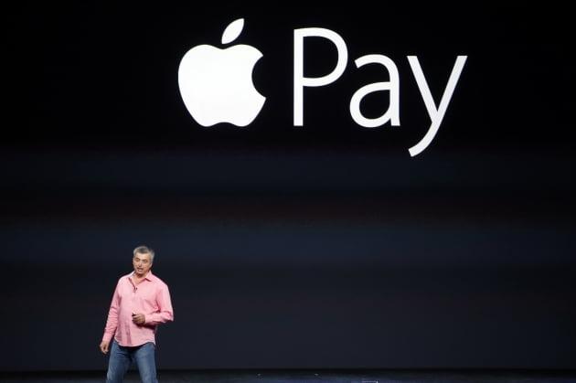 [한경 엣지]할부결제 기능 탑재하는 애플페이...美 결제시장 판도 바꾸나