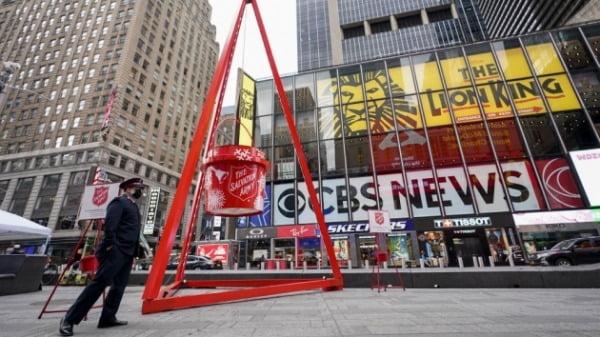 구세군은 지난 겨울 미국에서 비트코인, 이더리움 등 암호화폐 기부를 받기 시작했다. 뉴욕 타임스스퀘어에 설치된 모금냄비. 한경DB
