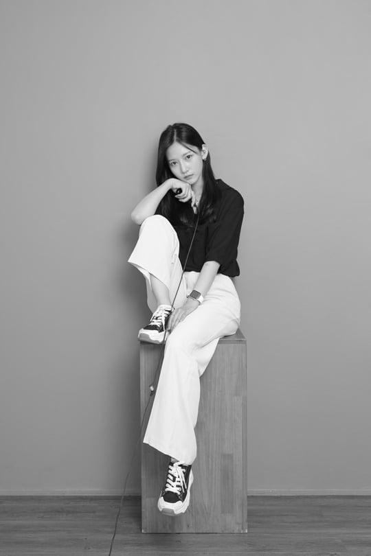네이처 채빈, 팬들과 약속 지킨 셀프 촬영 사진 공개 [TEN★]