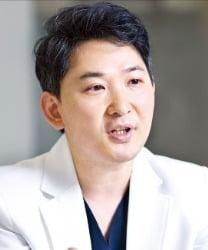 강남센트럴안과의원  풍계현 원장