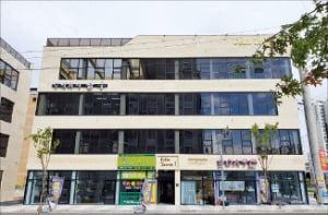 [한경 매물마당]  면목동 더블역세권 메디컬 빌딩 등 8건