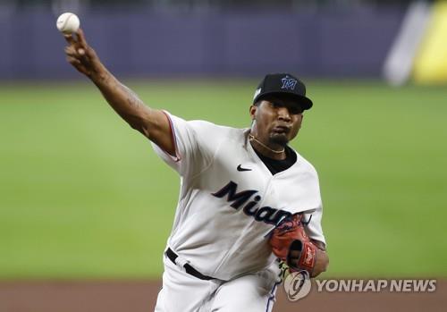 MLB 마이애미 특급 유망주 산체스, 어깨 수술로 시즌 아웃