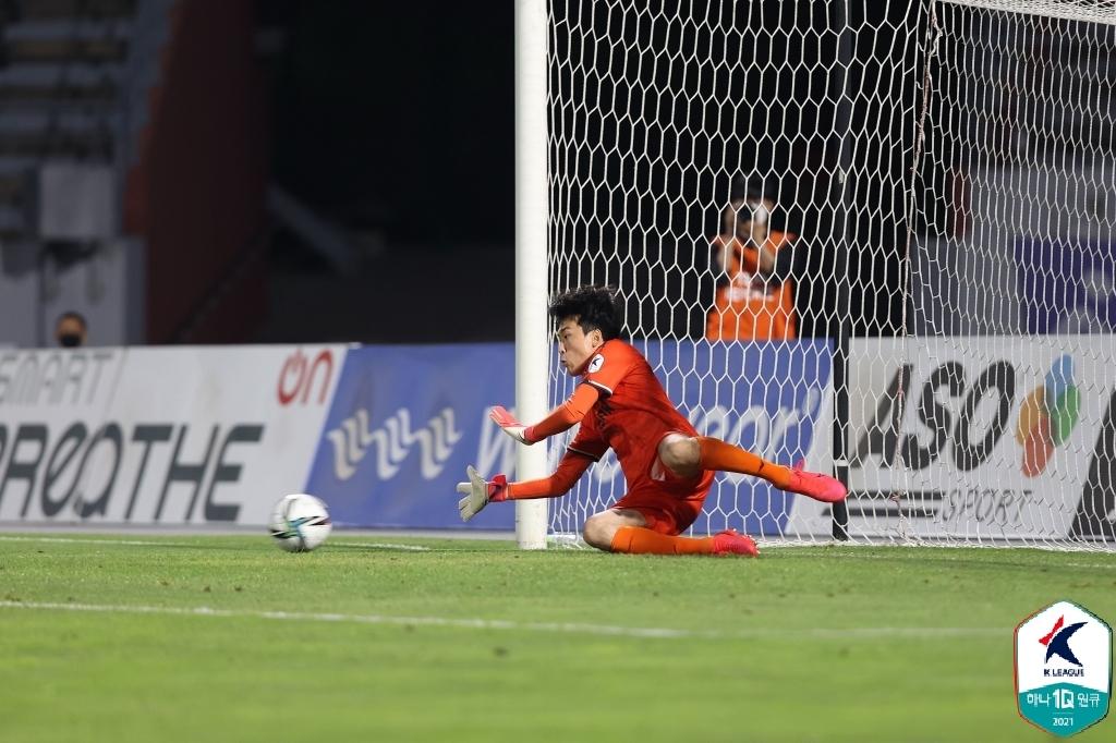 K리그2 전남, 부천에 2-1 승리…2위 도약