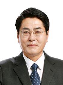 부산시의회 더불어민주당 원내대표에 김동일 시의원