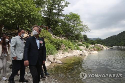 """이재명 """"계곡 불법영업 되풀이? 즉시 강제 조치하라"""""""