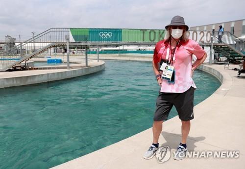 [올림픽] '딸은 선수, 트렌스젠더 부친은 심판'…캐나다 카누가족 사연