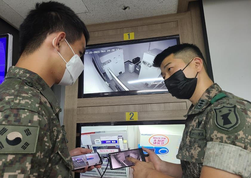 생활치료센터·백신저장소에서도…육군 장병 연일 '구슬땀'
