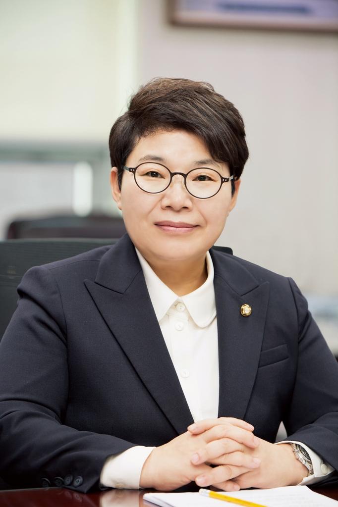 """임이자 의원 """"개 물림 사건 방지…동물보호법 개정 추진"""""""