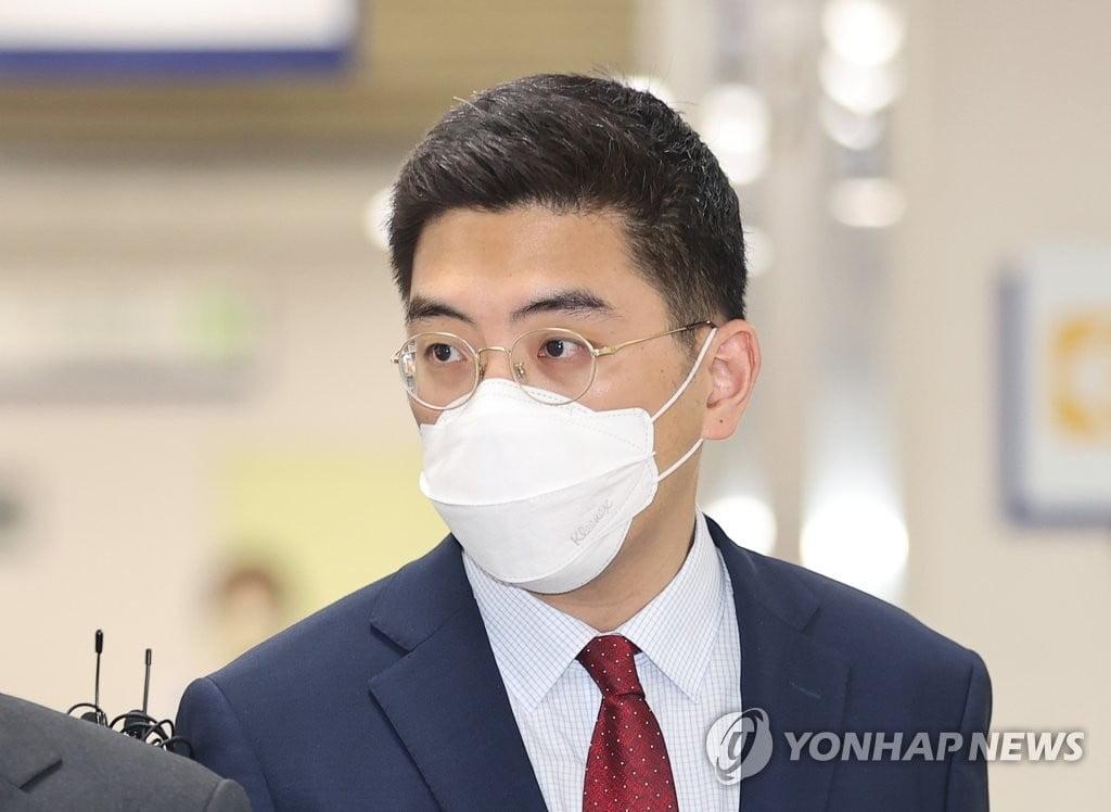 무죄 받은 이동재 전 채널A 기자, 해고무효 소송은?