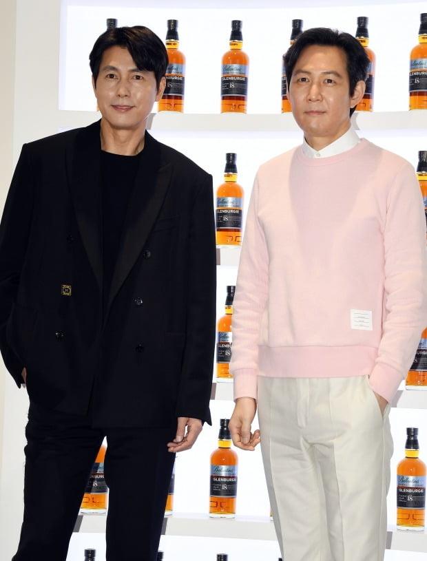 배우 정우성(왼쪽)과 이정재 / 사진=텐아시아DB