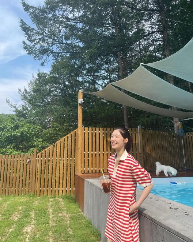 정채연, 햇살보다 화사한 미모 [TEN★]