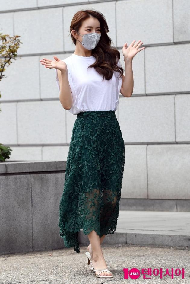 [TEN 포토] 설하윤 '우아한 시스루'