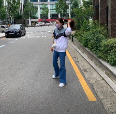 '장동건♥' 고소영, 청바지가 잘 어울리는 여자[TEN★]