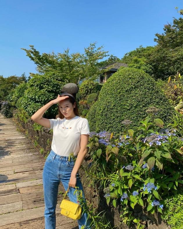 '타일러권♥' 제시카, 샤테크하는 MZ세대 답네…오늘은 '옐로우' [TEN★]