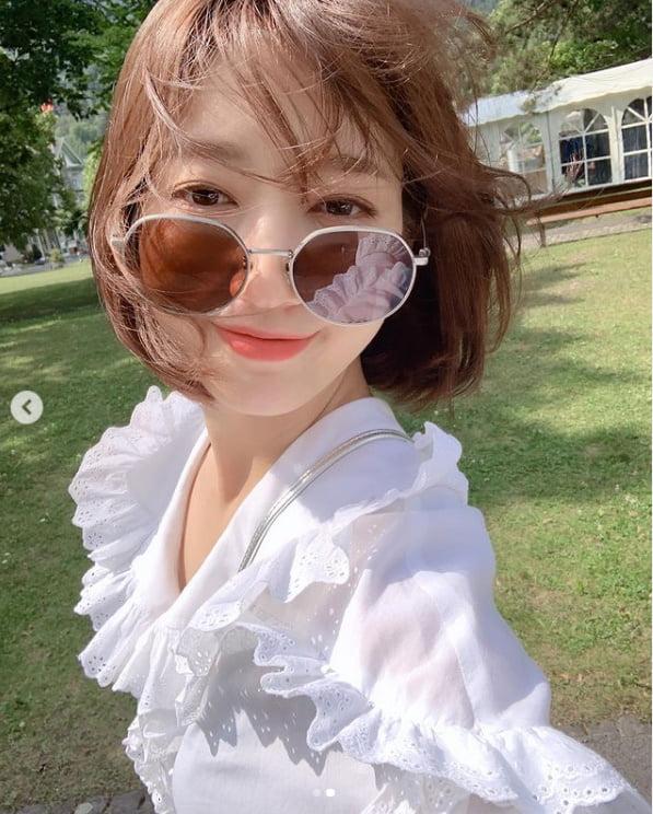 '최태준♥' 박신혜, 태양아래 반사되는 예쁨[TEN★]