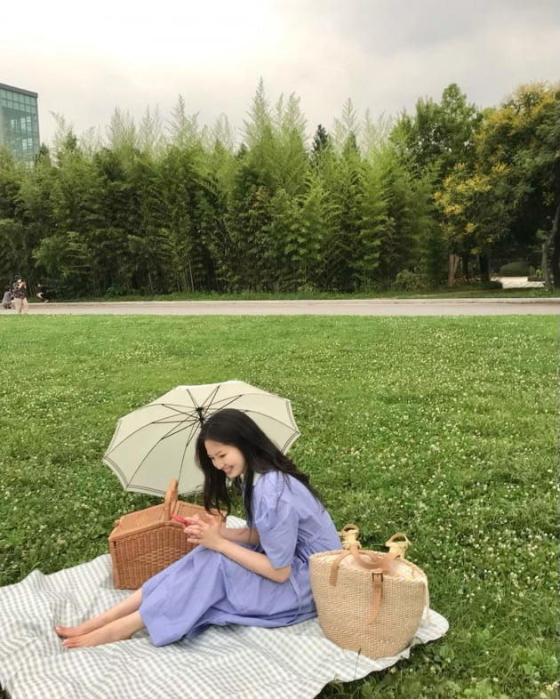 """'전진♥' 류이서, 이럴 때 일수록 서울숲 피크닉으로 기분 전환 """"친구 생일"""" [TEN★]"""
