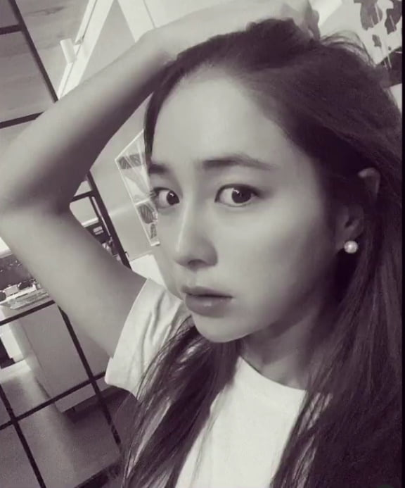 """'이병헌♥' 이민정, 흑백에서도 빛난다...""""마스크를 벗을 수 있 는날을 기다렸는데""""[TEN★]"""
