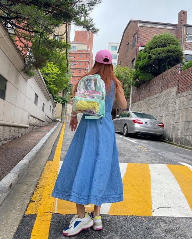 '한재석♥' 박솔미, 서래마을 아스팔트길을 런웨이로 만드는 9등신 비율 [TEN★]