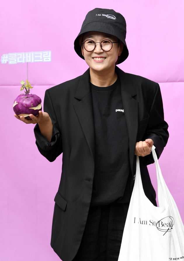 "[TEN 포토] 송은이 ""황보가 콜라비를 잘 먹더니 일을 냈어요"""