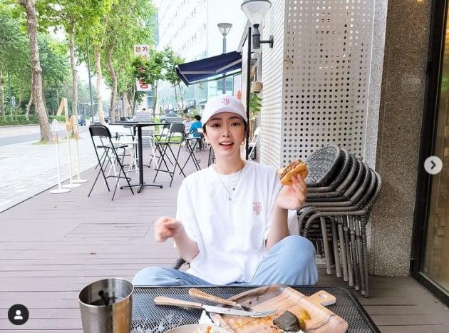 '심리섭♥'배슬기, 먹방요정...쉬는날 치팅이 진리[TEN★]