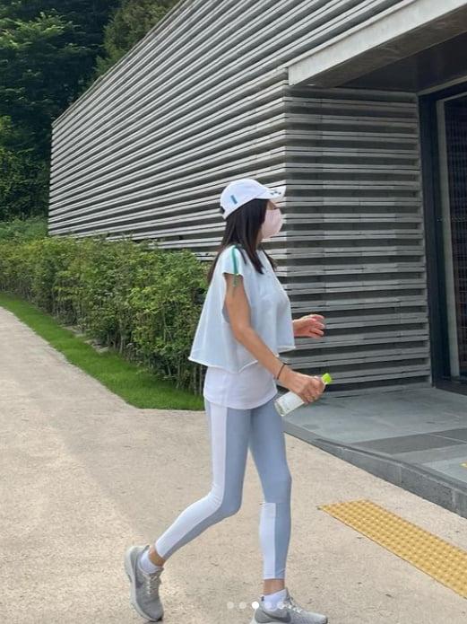 """황신혜, 59세 레깅스 핏이 이정도…""""먹기 위해 운동"""" [TEN★]"""