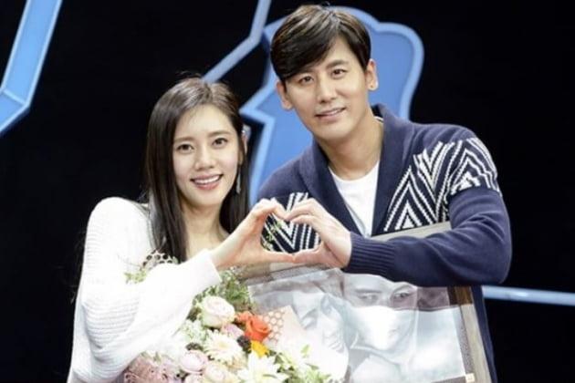 배우 추자현(왼쪽), 우효광 부부. /사진제공=SBS