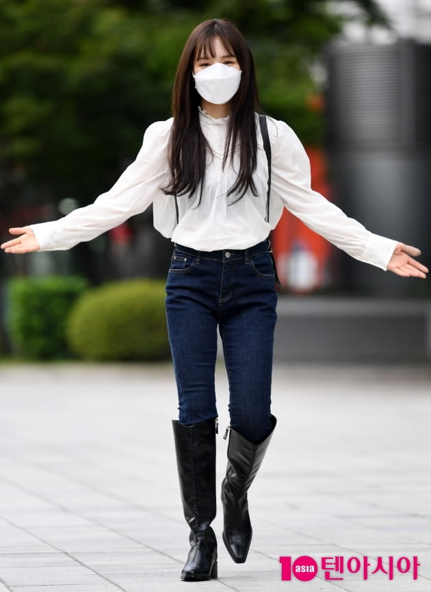 [TEN 포토] 레드벨벳 웬디 '긴머리 어때요? 잘 어울리나요?'