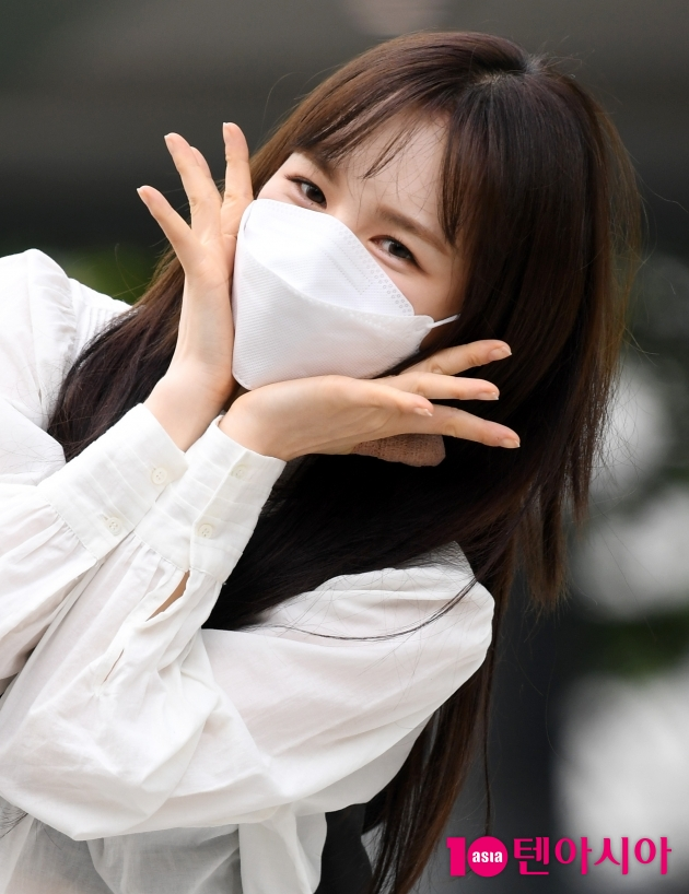 [TEN 포토] 레드벨벳 웬디 '방송국에 핀 꽃'