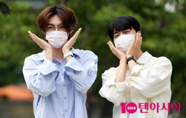 [TEN 포토] SF9 주호-영빈 '귀여움 업 시키는중'