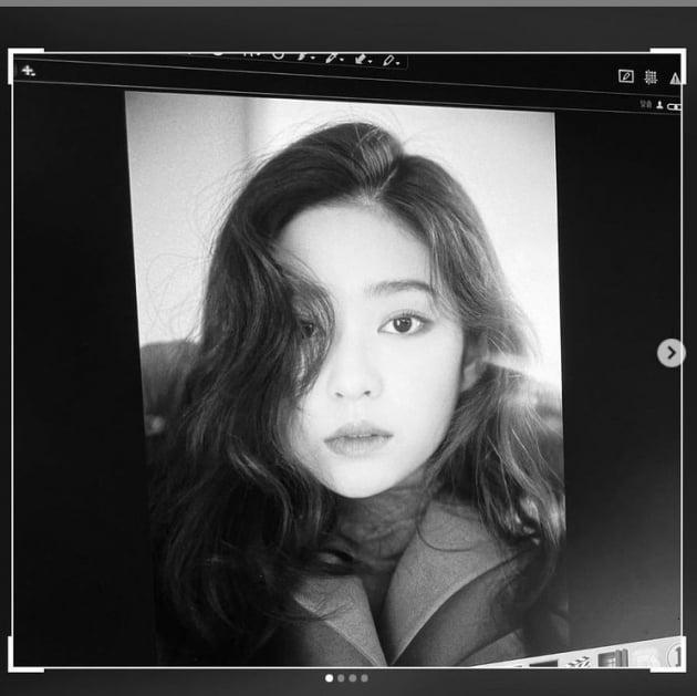 아이즈원 출신 김민주, 가을 햇살처럼...예쁨을 넘은 우아함[TEN★]