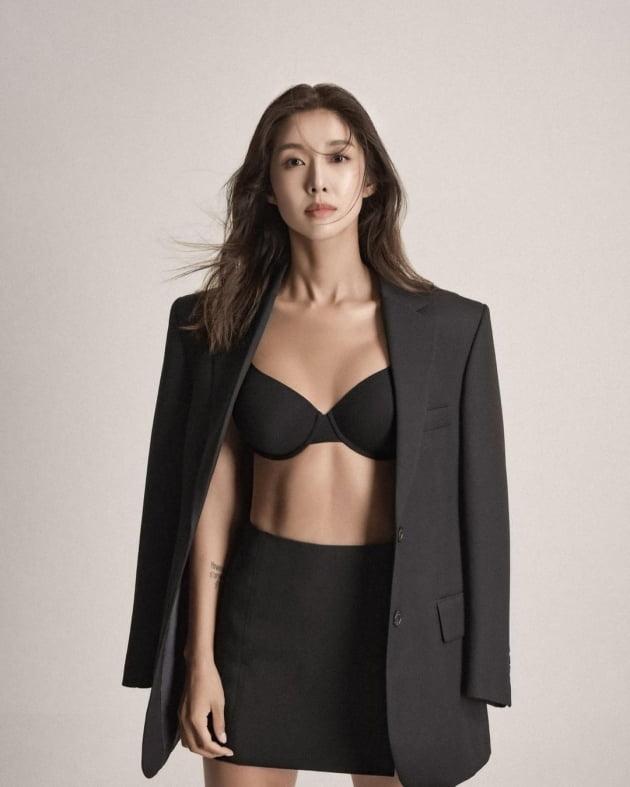 """'52kg' 김빈우, """"시아버님께 허락 받은"""" 가벼운 차림…복근 생성 후 자신감 [TEN★]"""