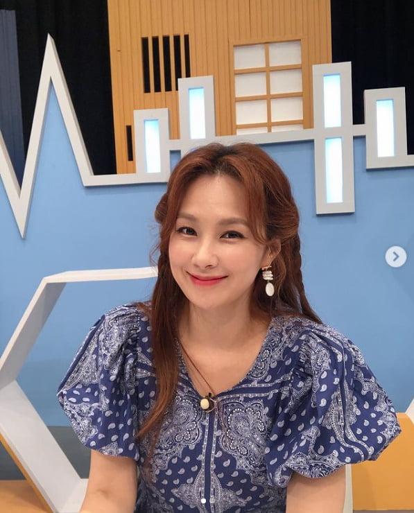 '44세' 채연, 세월 역주행 미모...싱그러운 미소[TEN★]