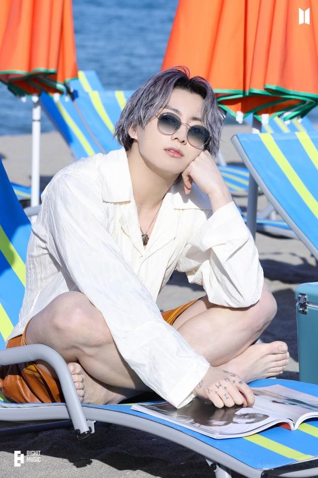 방탄소년단 정국 中팬들의 통큰 정국 생일 기념, '세계 최초' 美맨해튼 '라이트박스' 디지털 전시회