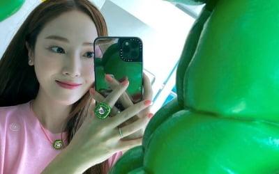 '타일러 권♥' 제시카, 귀여운 뽀뽀 셀카
