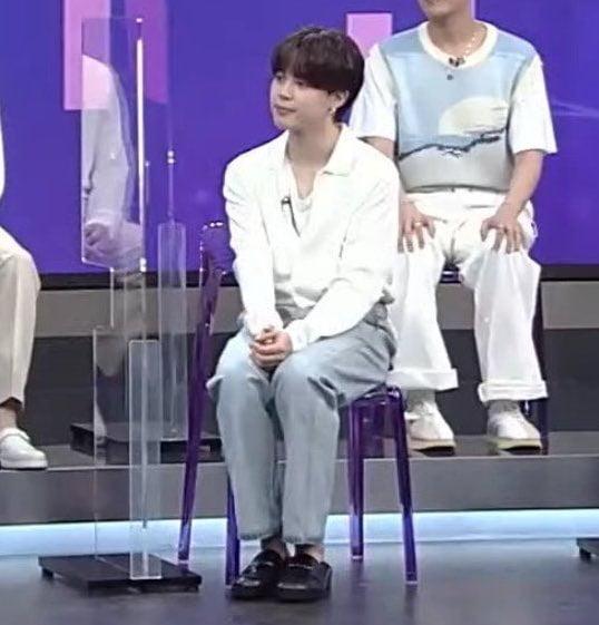 """방탄소년단 지민, '감사한 마음을 전하지 못해 무거워'.. """"보고싶어요"""" 애틋한 팬사랑 셀카"""