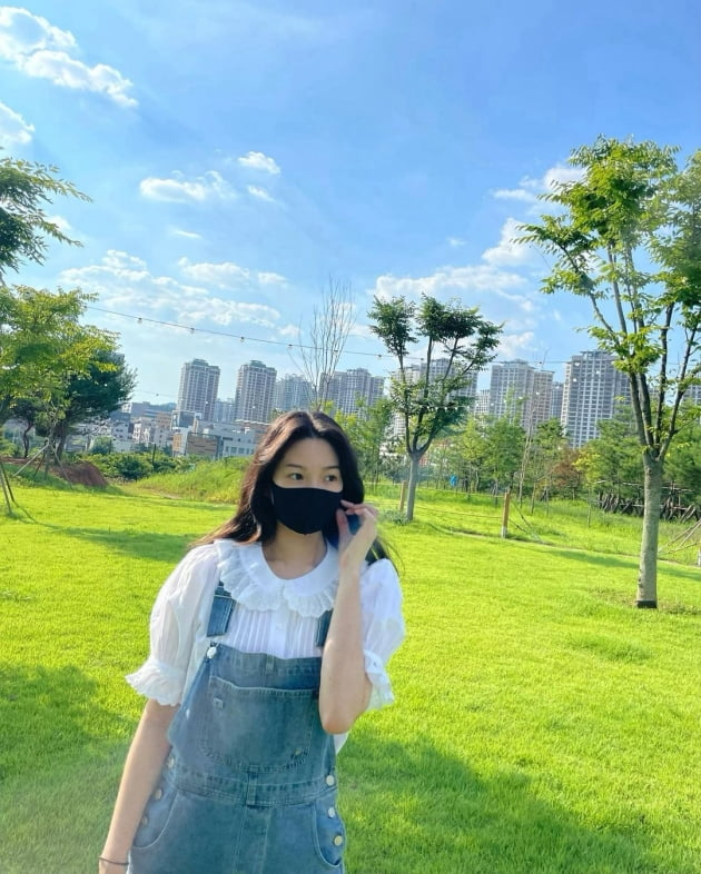 """'전진♥' 류이서, 평일 낮 """"집 3분 거리 카페""""서 즐기는 여유 [TEN★]"""