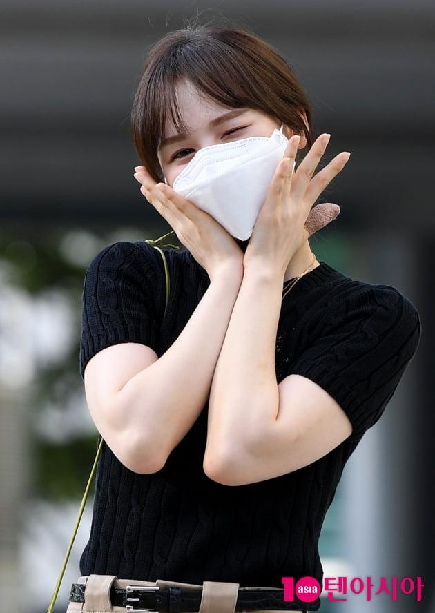 [TEN 포토] 레드벨벳 웬디 '폭염주의보 날려버리는 윙크'