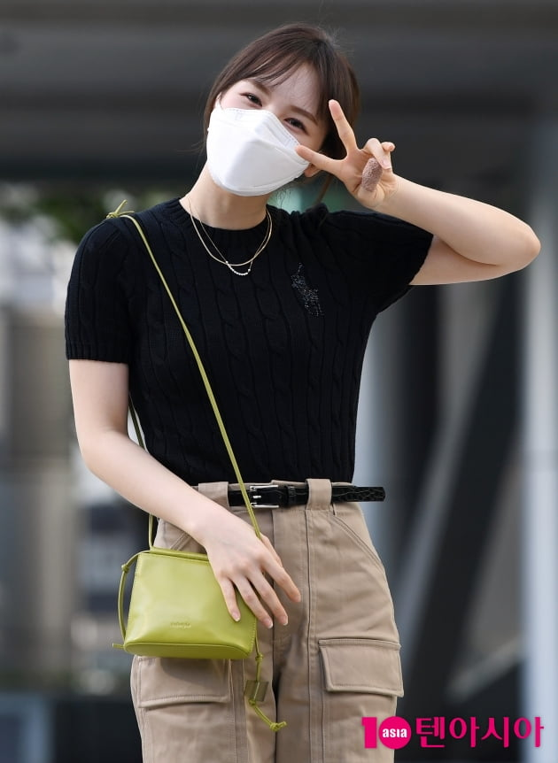 [TEN 포토] 레드벨벳 웬디 '귀여운 브이와 함께'