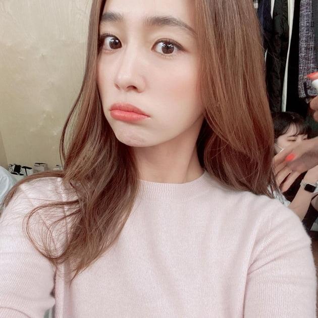 '이병헌♥' 이민정, '김태희♥' 비가 감탄한 미모면 말 다했지…라방도 도전? [TEN★]