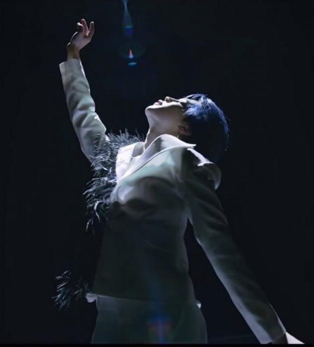 """방탄소년단 지민, 日 하뉴 등 피겨 스타 홀린 매혹 춤선 """"예술하는 아이돌"""""""