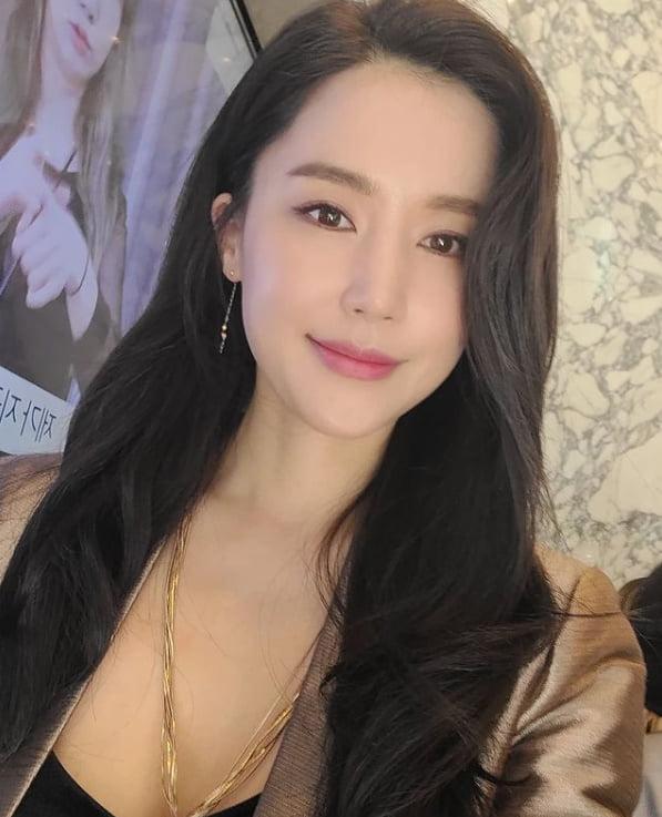 공현주, 완벽 미모와 신비로운 분위기[TEN★]